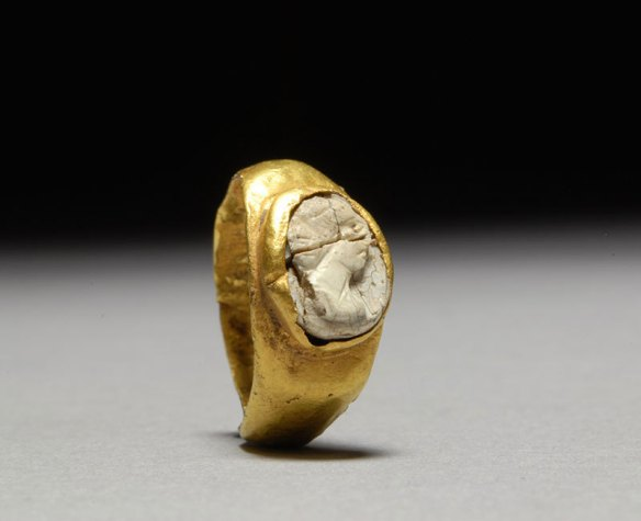 Ancient Roman Gold White Agate
